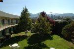 The Summerland Motel - Courtyard