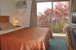 Gardenside Queen Suite
